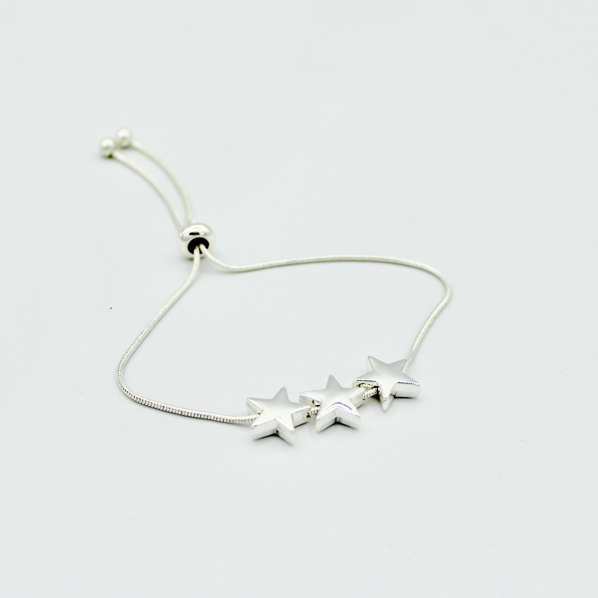 Adjustable stars bracelet