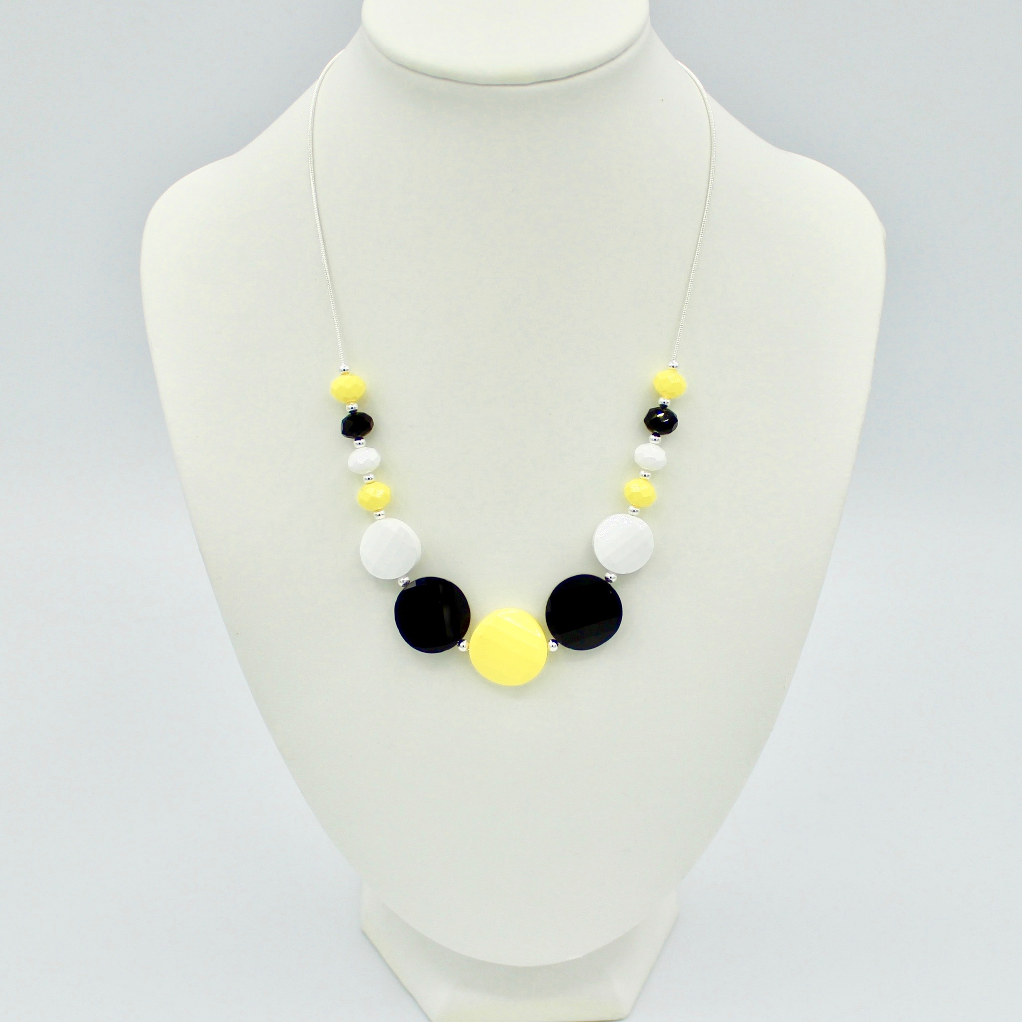 3 Colour circle and ball necklace