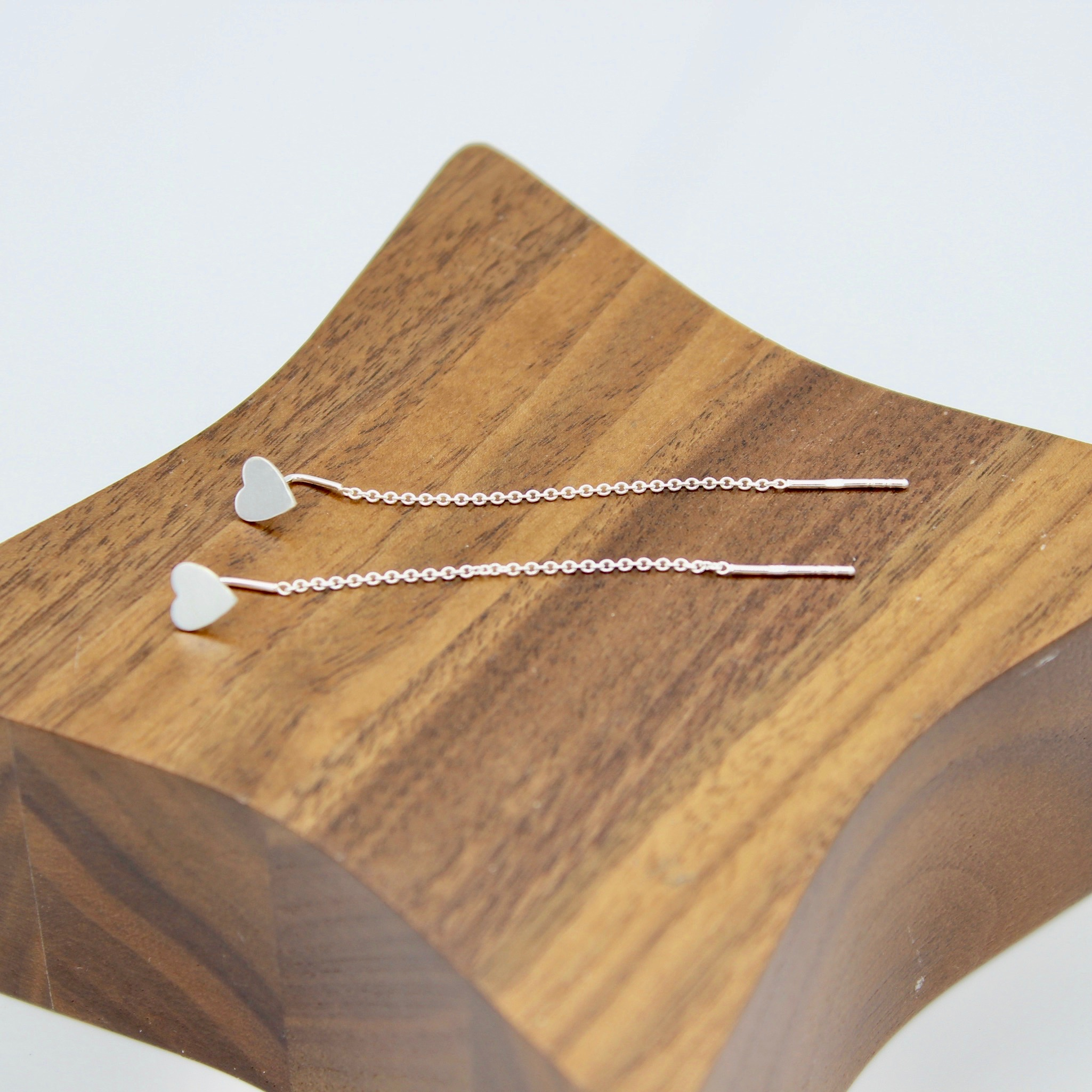 Pull through solid heart earring
